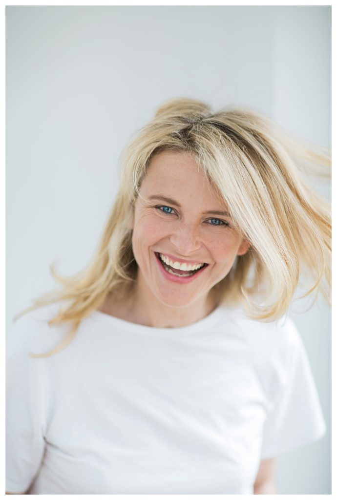 natural fun creative business woman headshots for lifestyle brands