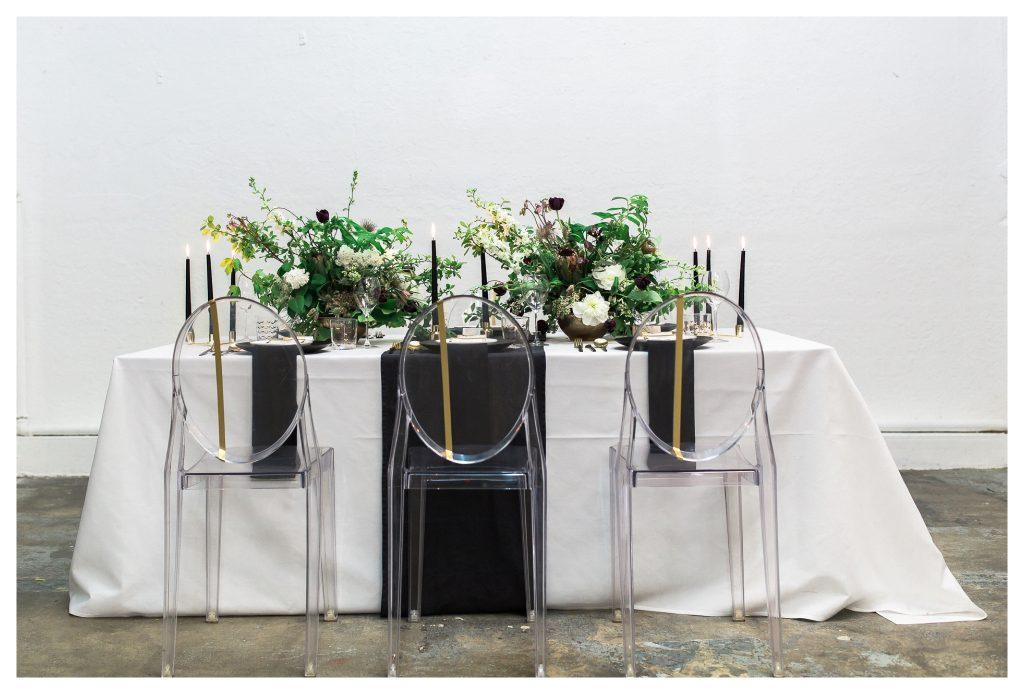 old & Minimalist Wedding Style