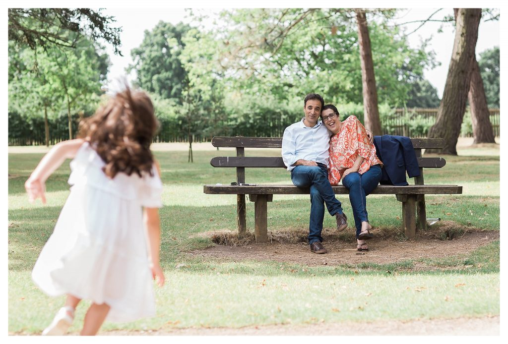 summer family photo session in Bushy Park