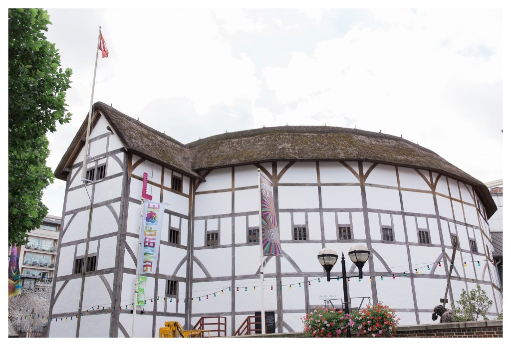 The Swan at Shakespeare's Globe wedding venue