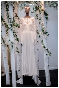 Amanda Wakely wedding gown 2018 wedding trends